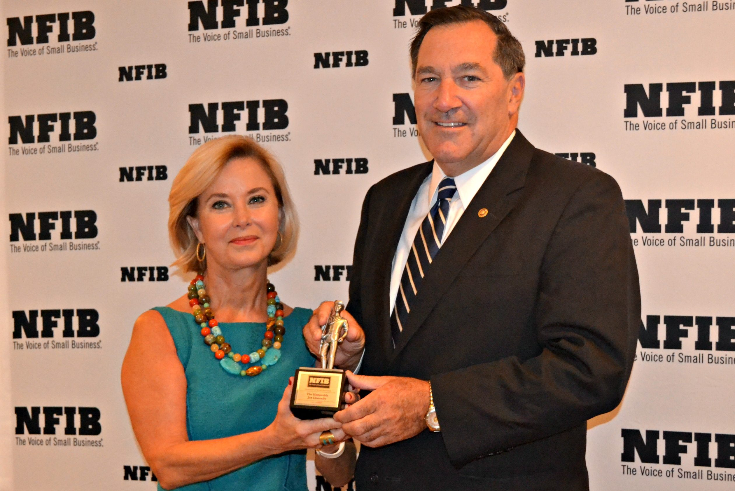 Donnelly Receives Guardian Of Small Business Award Wyrz Org